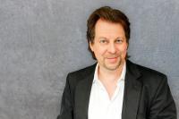 Tom Rückerl, Dipl.-Psych, Business Coach und Gründer und Gesellschafter des Hamburger Weiterbildungsinstituts V.I.E.L Coaching + Training / Foto: Jo Jacobs