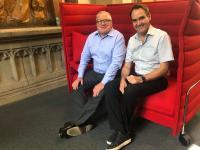 MdB Thomas Sattelberger und Dr. Oliver Grün (v.l.) in der DIGITAL CHURCH