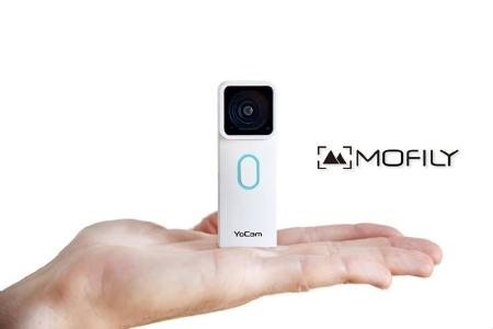 Mofily Yocam in Hand