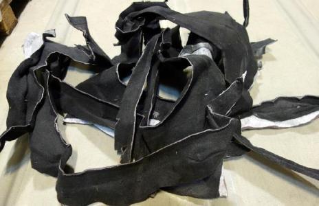 Abb. 3: Teppichabfälle KFZ Innenraumauskleidungen