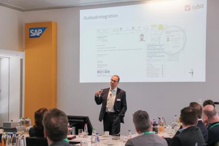 Überzeugte mit seiner Darstellung zum erfolgreichen Customer Engagement: Armin Kehl, Solution Sales Manager CRM der Firma Sybit.