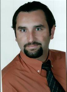 Dr. Mesut Ciper