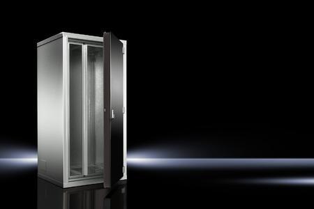 Der neue IT-Sicherheitsschrank Modulsafe Level B von Rittal schützt gegen Feuer, Wasser und Fremdzugriff sowie Staub und Rauchgase