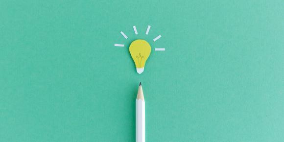 """Glühbirne steht für das IFM-Motto """"Wissen bewegt"""""""