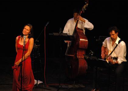 Zum Abschluss einer Veranstaltungsreihe zum Jahrestag der Auschwitz-Befreiung findet ein Konzert von Margaux und die BANDiten statt.