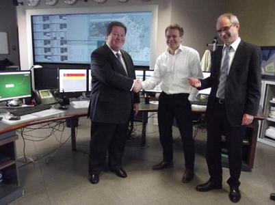 Signature of the partnership agreement, on March 26, 2014. From left to right: Eric Daubourg, COO, ESI France; Thierry Muller, CEO, EDF EN Services; Marc Rousset, Energy Account Manager, ESI France
