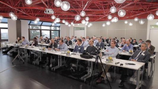 Rund 50 Spezialisten aus Europa, Asien und den USA trafen sich im Fraunhofer LBF zur UC 13 - Users Conference on Biaxial Fatigue Testing, der dreizehnten Anwenderkonferenz für zweiaxiale Betriebsfestigkeitsversuche für Räder, Radnaben und Radlager / Foto: Fraunhofer LBF