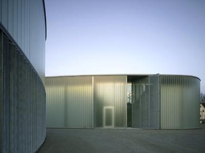 Für die Kunstgalerie Stihl und Kunstschule Waiblingen wurden Hartwig N. Schneider Architekten ebenfalls mit einem ersten Preis beim Wettbewerb um den Verzinkerpreis 2011 ausgezeichnet