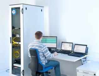 TÜV SÜD-Testlabor für Embedded Systems in München