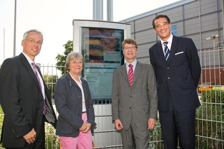Dr. Frank May, Vorsitzender des Vorstandes der Vattenfall Europe Wärme AG; Jutta Blankau, Senatorin für Stadtentwicklung und Umwelt; Giselher Schultz-Berndt, Geschäftsführer der HafenCity GmbH und Pieter Wasmuth, Generalbevollmächtigter der Vattenfall Europe AG für Hamburg und Norddeutschland
