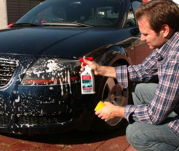 Umweltbewusste Fahrzeugpflege wird für die Deutschen immer wichtiger - so das Ergebnis einer aktuellen Umfrage von NIGRIN.