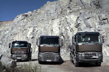 V. l. n. r.: Renault Trucks D 26T, Renault Trucks C 460 Optitrack und Renault Trucks K 460