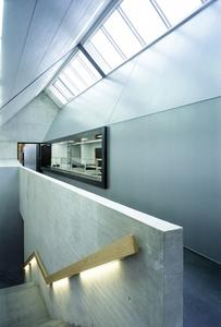 """Regine Leibinger, Barkow Leibinger Architekten, Berlin: """"Wir haben Metallocryl verwendet, weil es die natürliche Erscheinung von Metall auf ideale Weise in Farbe übersetzt."""""""