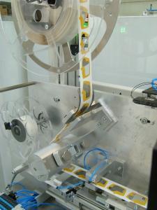 OM-Klebetechnik - Vulkan Technic - Automatisierte Padaufbringung