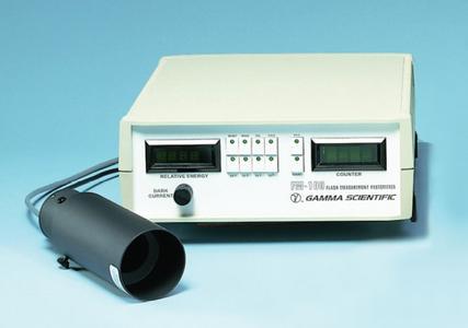Das Laser-Radiometer FM-100