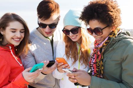 23% der 18-24-Jährigen kaufen auf ihrem Smartphone auch ein