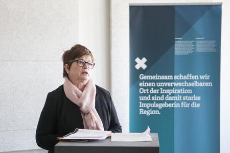 Rektorin Prof. Dr. Karin Luckey bei ihrer Begrüßung auf dem Neujahrsempfang der Hochschule Bremen / Fotograf: Dennis Welge, Hochschule Bremen