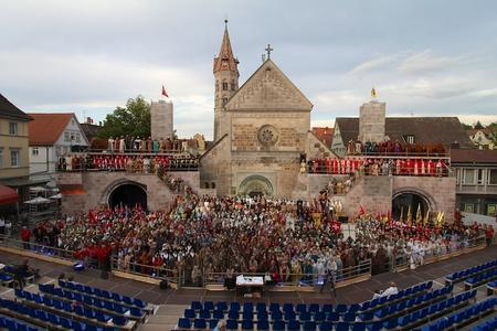Gigantisches Spektakel der Staufersaga sorgt für Standing Ovations