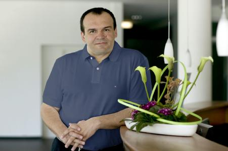 Geschäftsführer Tomislav Bucec gründete LASERLINE 1997 als innovative Onlinedruckerei mit einfachem Druckdatenupload / Quelle: Kay Herschelman
