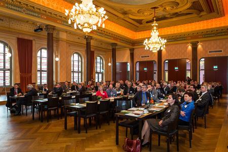 Mehr als 120 Teilnehmer zählte die Regionalkonferenz Erzgebirge 2015 (Foto: Studio 2 Media)