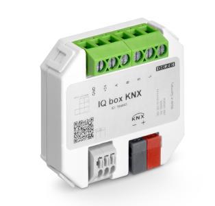 """Die """"intelligenten"""" IQ windowdrives Kettenantriebe. Von oben: Der schmale Slimchain und der  """"starke"""" Powerchain – mit dem Schnittstellenmodul  IQ box KNX sind sie in ein KNX-Gebäudesystem integrierbar (Bild: GEZE GmbH)"""