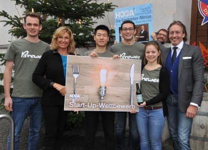 Die Start-up-Gewinner mit Jurymitgliedern