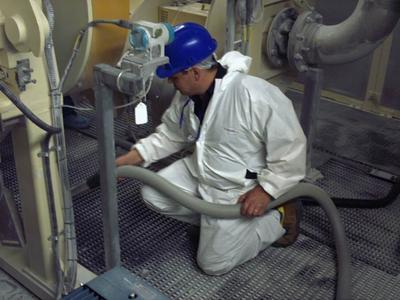 DELFIN Hochleistungs Industriesauger für Maschinenreinigung und Instandhaltung