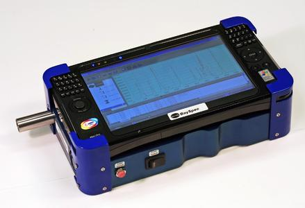 The TRicorder features no moving parts, high efficiency Volume Phase Gratings (VPGs), narrowband fiber laser, sensative ATR probe interface, low power consumption battery operation, and an easy-to-use PC tablet PC interface.