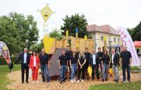 Gesellschafter und Geschäftsführer Alexander Weiss überzeugte sich persönlich von der tollen Leistung der Auszubildenden bei der Einweihungsfeier in Ursberg.