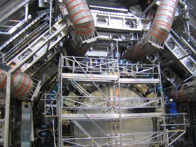 NEC liefert Speicherlösungen für den weltweit größten Teilchenbeschleuniger