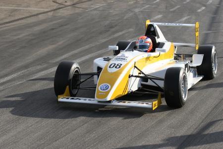 Das ist der Neue: ADAC Formel Masters zu Testfahrten auf dem Hockenheimring