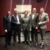 Fünf Oberbürgermeister werben gemeinsam für eine Metropole (v.l.n.r.): Thomas Kufen, Ullrich Sierau, Dr. Frank Dudda, Sören Link und Thomas Eiskirch