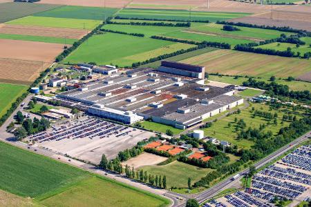 Rund 750 Mitarbeiter sind in Düren für den Zulieferer  der Automobilindustrie Neapco tätig. (Bild: Neapco)