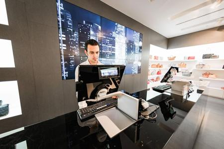 Middle East fashion retail leader Alyasra Fashion selects AURES EPOS equipment for its operations
