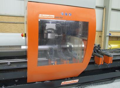 Die Kleinteileherstellung mit dem SBZ 151 und eluCad ist ein automatisch ablaufender Prozess, der vom Maschinenbediener nicht beaufsichtigt werden muss