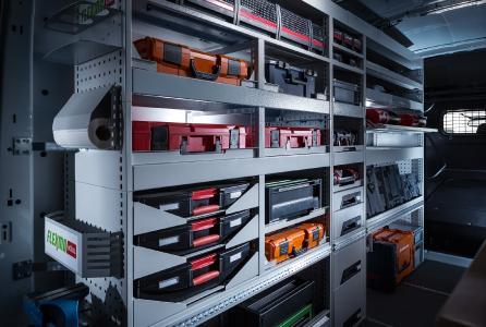 Service- und Maschinenkoffer ordentlich und sicher verstaut mit FLEXMO