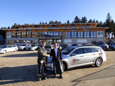 Unilux - Hr. Steiger (Inhaber Wohngut Steiger) und Hr. Schubert (Unilux-Gebietsverkaufsleiter) (v.l.n.r.)
