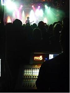 Prince Chooses the Midas Touch for UK Concerts