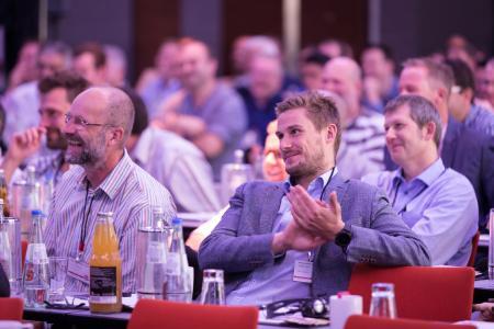 Das Interesse im letzten Jahr war groß und die vielen positiven Rückmeldungen bestätigen: Das Forum lebt vom Austausch zwischen Experten, Entscheidern und Anwendern / Quelle Eplan Software & Service GmbH & Co. KG