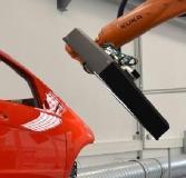 Der PAINTSCAN ist ein Hybrid-Sensor, der zwei Oberflächeninspektionsmethoden vereint. So werden alle topografischen und nicht-topgrafischen Lackfehler verlässlich detektiert