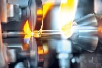 Neuer Prozess für die Konusformung von Gx RTF Spritzen: der für die Konusformung eingesetzte Dorn besteht bei dem neuen Verfahren nicht mehr aus dem üblicherweise eingesetzten Wolfram oder einem alternativen Metall, sondern aus einer speziellen Keramik.