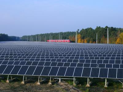 SolarStromPark Fürstenberg an der Havel, Art: 1 Freifläche Betreiber: 33 Jahr: 2011 Nennleistung: 3.197,90 kWp