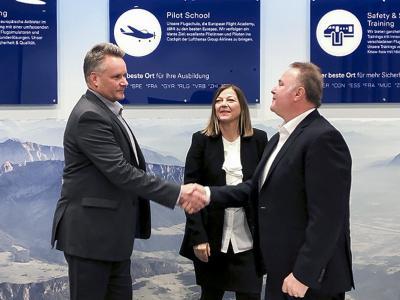 Contract Signature @Lufthansa Aviation Training Gmbh