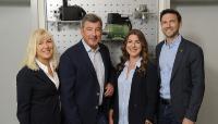 Geschäftsführung ZUWA-Zumpe GmbH, 4 Personen von links: Petra und Helmut Wimmer, Jessica Wimmer und Simon Mangelberger