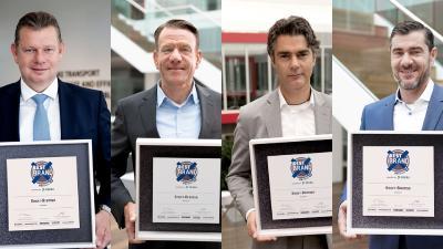 Zum fünfzehnten Mal in Folge gewinnt Knorr-Bremse den ETM-Award in der Kategorie Bremsen. Von links nach rechts: Dr. Peter Laier, Mitglied des Vorstands der Knorr-Bremse AG und verantwortlich für die Division Systeme für Nutzfahrzeuge, Bernd Spies, Vorsitzender der Geschäftsführung der Knorr-Bremse Systeme für Nutzfahrzeuge GmbH, Dr. Jürgen Steinberger und Wolfgang Krinner, Mitglieder der Geschäftsführung der Knorr-Bremse Systeme für Nutzfahrzeuge GmbH / Bild: © Knorr-Bremse