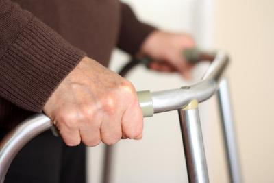 Bei gesundheitlichen Problemen: Große Auswahl gebrauchter Treppenlifte (Foto:Shutterstock)