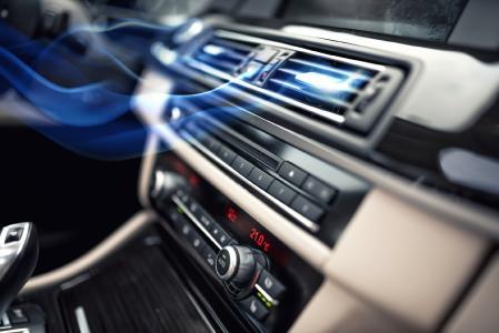 Saubere und frische Luft für die Klimaanlage - mit fahrzeugchemischen Lösungen von PRO-TEC