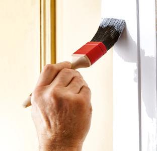 Der Fachhandwerker kann sich auf die einwandfreie Qualität der Caparol Lacke und Lasuren verlassen. Foto: Caparol Farben Lacke Bautenschutz