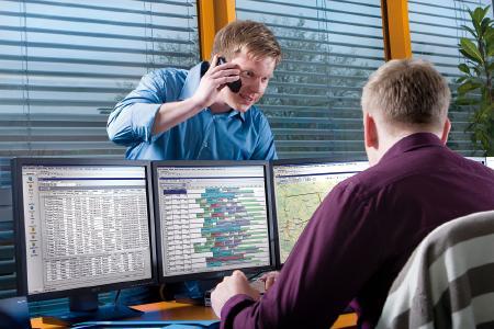 Opheo ist ein Transportleitstand- und Telematik-System für Tourenplanung, grafische Disposition, Steuerung und Forecasting. Bild: initions AG