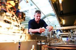 Strategische Zielsetzung von Kurtz Ersa ist die Innovationsführerschaft in allen Geschäftsbereichen: Kurtz ist Weltmarktführer bei Schaumstoffmaschinen, Technologieführer im Bereich Niederdruckgießereimaschinen und anerkannter Spezialist für anspruchsvolle Guss- und Blechkonstruktionen. Ersa ist Europas größter Hersteller von Lötsystemen
